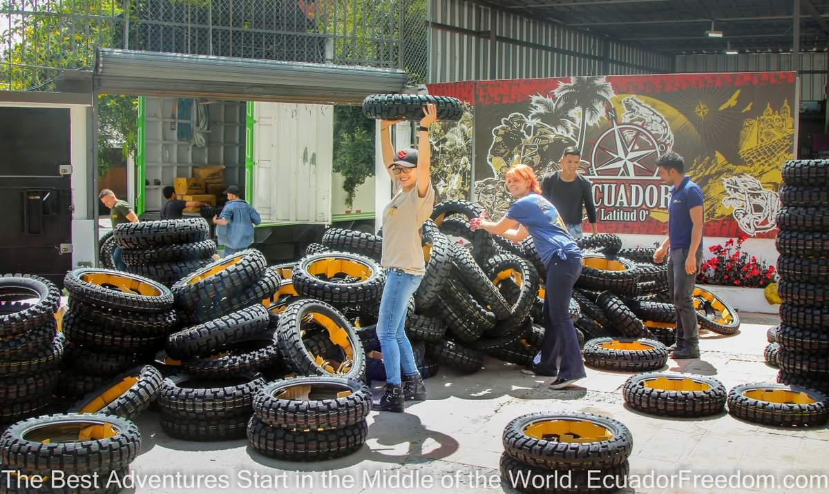 MotoZ Tires Arriving in Ecuador
