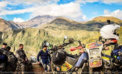 riders at cuicocha lake motorcycle adventure dirt tour ecuador