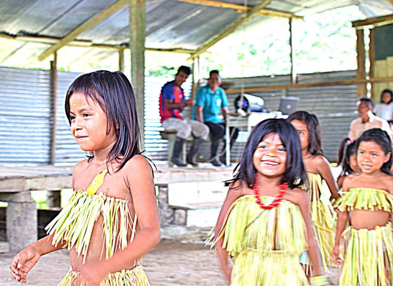 ecuador amazon school girls