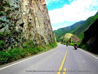 panamericana highway ecuador motorcycle adventure tour