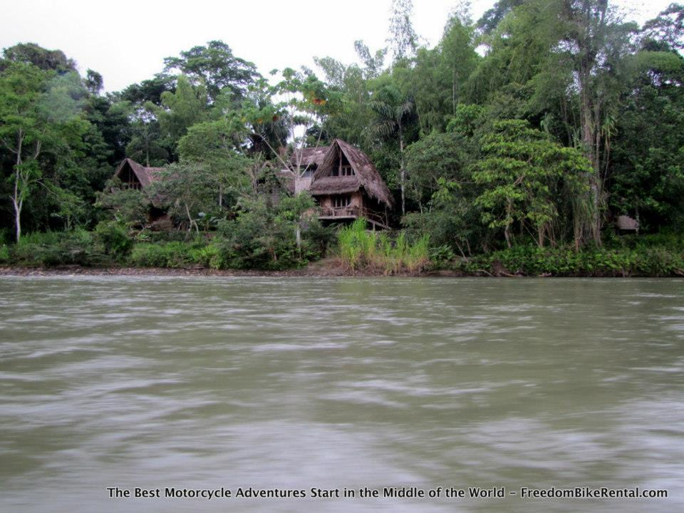 cotococha_lodge_as_seen_from_Napo_River