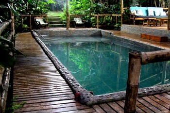 septimo_paraiso_heated_garden_pool