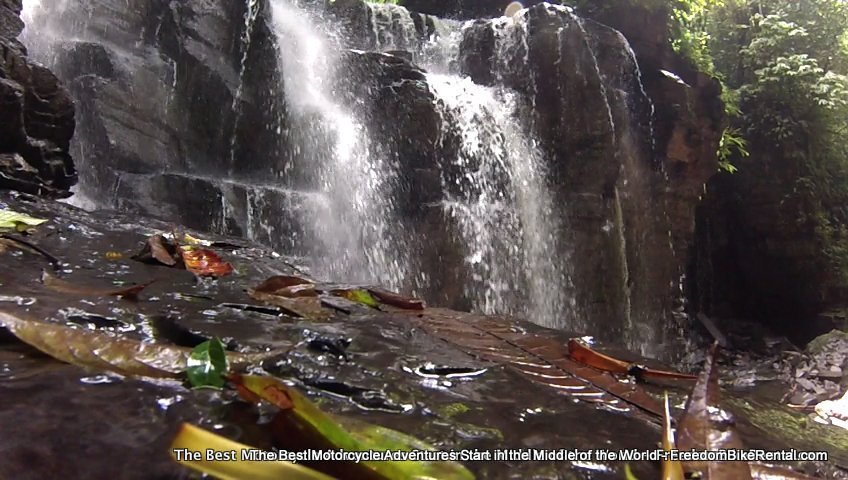waterfall_in_the_amazon