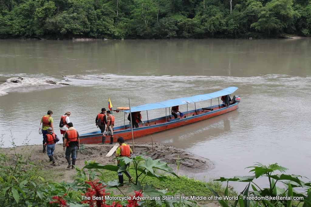 Amazon_River_Canoe