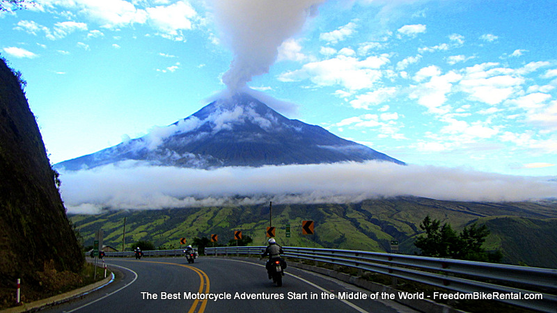 riding_towards_tungarahua_volcano