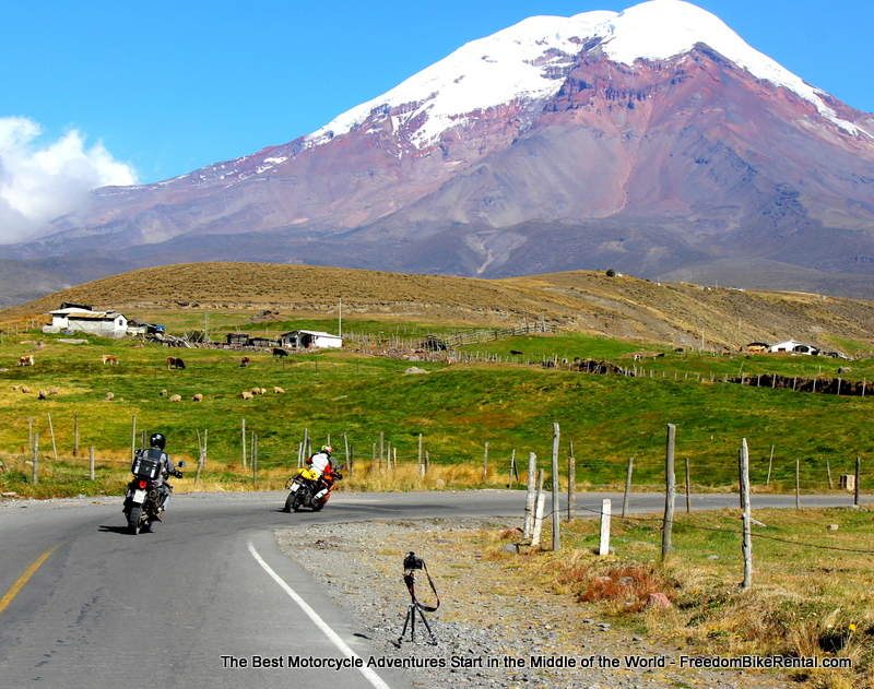 curves_toward_chimborazo