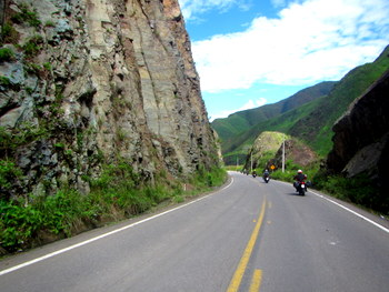 road_from_otavalo_to_coast