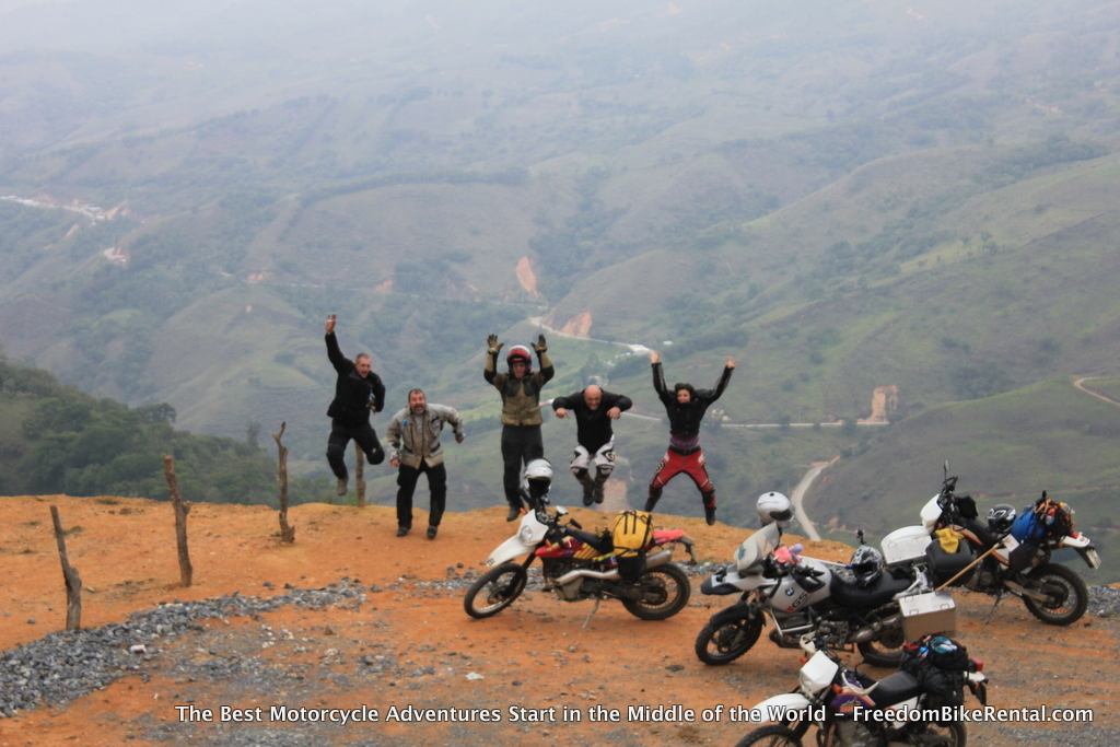 road_to_zaruma_jump_group
