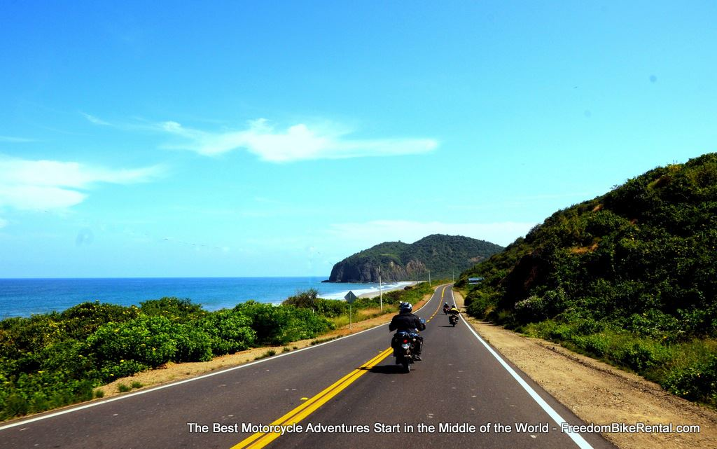 riding_on_the_pacific_coast_of_ecuador